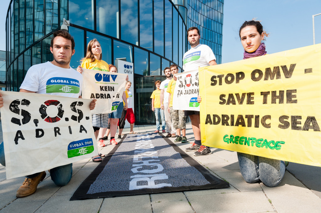Action against oil drilling in the Adriatic at OMV's headquarters in Vienna